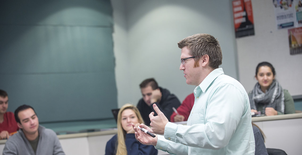 Associate Professor Kurt Rotthoff, Ph.D., Teaches a class in the Stillman School of Business