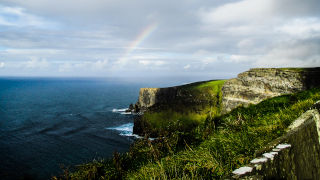 Cliffs in Ireland 320 pic
